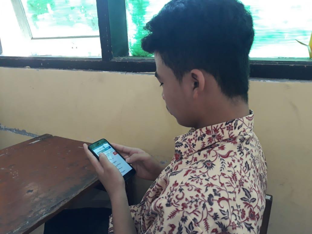 Pelaksanaan Penilaian Akhir Semester PAS Ganjil Berbasis SBT Smartphone Based Test Secara ONLINE Tahun Pelajaran 2020-2021 Dirumah Masing Masing